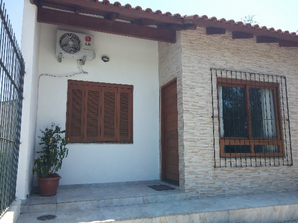 JHD Imóveis - Casa 2 Dorm, Hípica, Porto Alegre