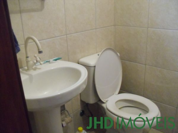 JHD Imóveis - Casa 5 Dorm, Cavalhada, Porto Alegre - Foto 33