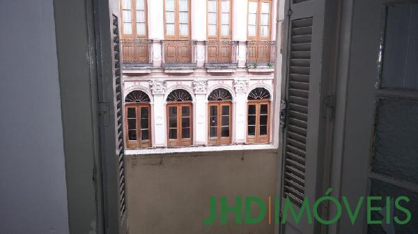 Apto 2 Dorm, Centro Histórico, Porto Alegre (6710) - Foto 30